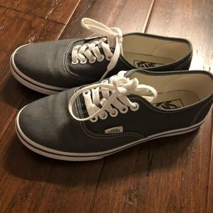 Women's Vans Authentic Lo Pro sneakers